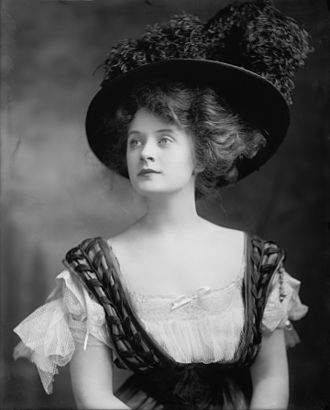 Billie Burke - Billie Burke, by Harris & Ewing