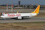 Boeing 737-8FH, Pegasus Airlines JP7470778.jpg