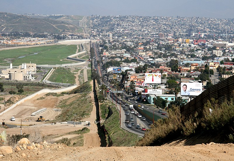File:Border USA Mexico.jpg