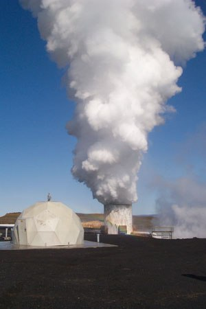 Geothermal power in Iceland - Geothermal borehole outside the Reykjanes Power Station