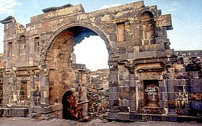 Bosra (K 18) - DecArch - 2-46.jpg