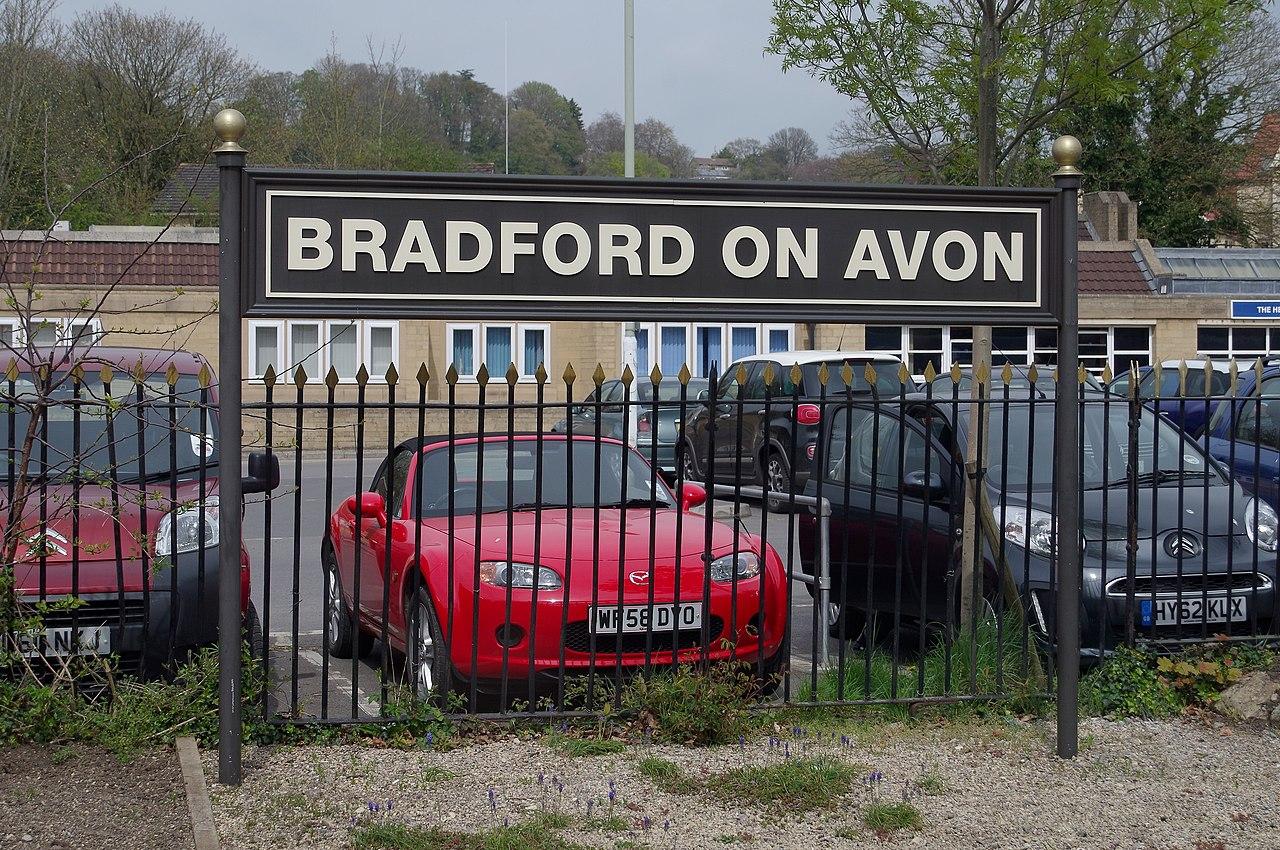 Dating in Bradford-On-Avon