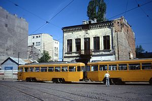 Bucureşti EP-V3A Bogie Car June 1996 - Flickr - sludgegulper.jpg