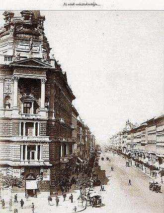Andrássy út - 1875, Andrássy Avenue at Váczy körút (now Bajcsy-Zsilinszky út)