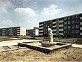 Bundesarchiv B 145 Bild-F010984-0004, Nürnberg-Zollhaus, Neubaugebiet.jpg