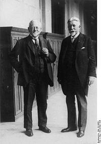 Bundesarchiv Bild 102-08661, August Parsevall und Johann Schütte.jpg