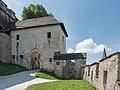 Burg Hochosterwitz 13 Kirchentor 01062015 4324.jpg