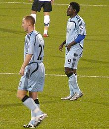 Martins with teammate Nicky Butt in 2007