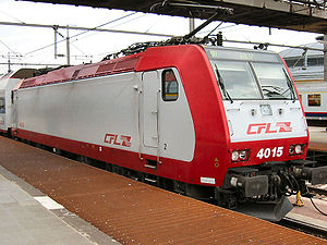 CFL Class 4000 - CFL loco 4015 in Luxembourg station, 2 June 2007.