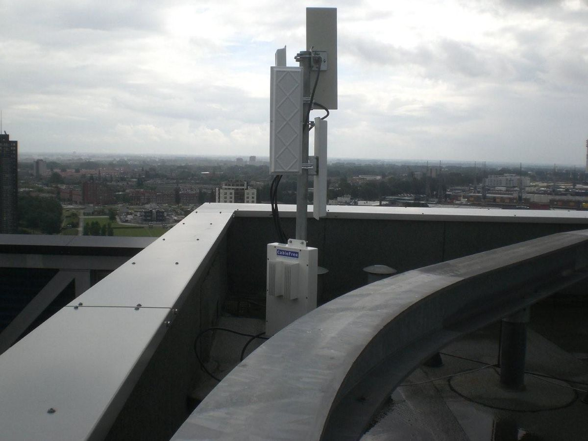 Wireless Internet Service Provider >> Point-to-multipoint communication - Wikipedia