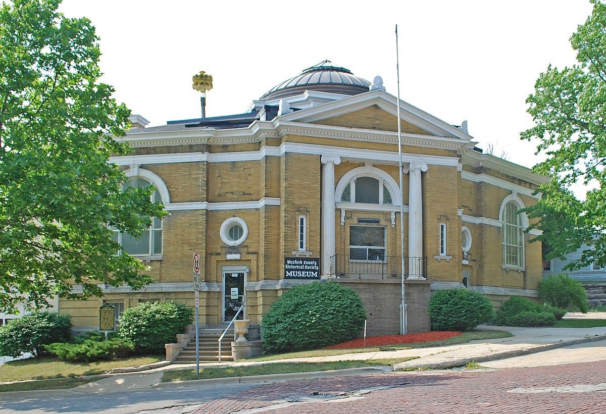 Cadillac Public Library - Wikipedia