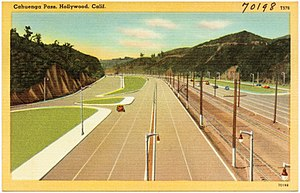 Hollywood Freeway - First segment built of the Hollywood Freeway through the Cahuenga Pass; Pacific Electric Railway trolleys ran down the center median of this freeway until 1952