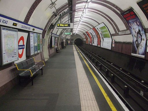 Caledonian Road westbound look north