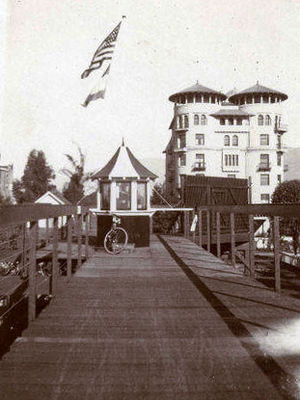 California Cycleway - Image: California Cycleway looking toward Hotel Green 1904 or 1905