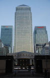Canary Wharf 1 Canada Square.png