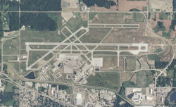 Capital Region International Airport USGS 08-Mar-2010.png