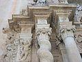 Capitells barrocs de la portalada de l'església de santa Maria, Alacant.JPG