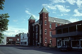 Carroll County Arkansas Courthouse.jpg