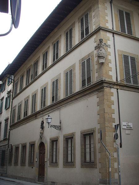 http://upload.wikimedia.org/wikipedia/commons/thumb/0/0b/Casa_buonarroti_11.JPG/450px-Casa_buonarroti_11.JPG