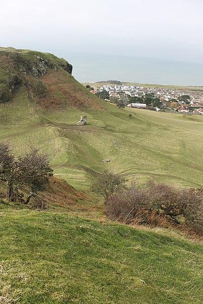 File:Castell Degannwy Deganwy Castle Sir Ddinbych Wales 37.JPG