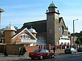 Central Mosque, Wembley - geograph.org.uk - 273451.jpg