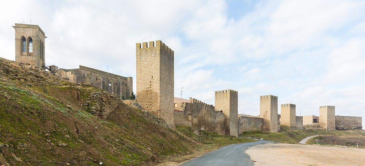 Murallas de Artajona, pueblos más bonitos de Navarra_ClickTrip
