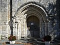 Champeaux 24 église portail.jpg