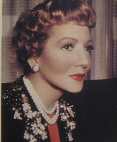 Colbert during TV production in 1959 Claudette colbert 1959.jpg