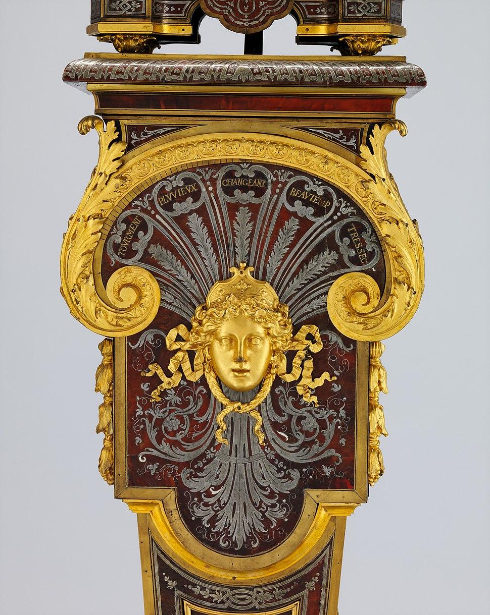 Clock with pedestal MET DP214851