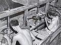 Collectie NMvWereldculturen, TM-60042232, Foto- Diamantslijperij te Martapoera, Zuid-Borneo, 1940-1950.jpg