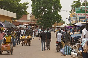 واغادوغو: Image:Commerçants-Ouagadougou