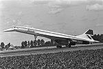 Concorde (vliegtuig) weer (tweede keer) even op Schiphol landing van de Concord, Bestanddeelnr 932-2777.jpg