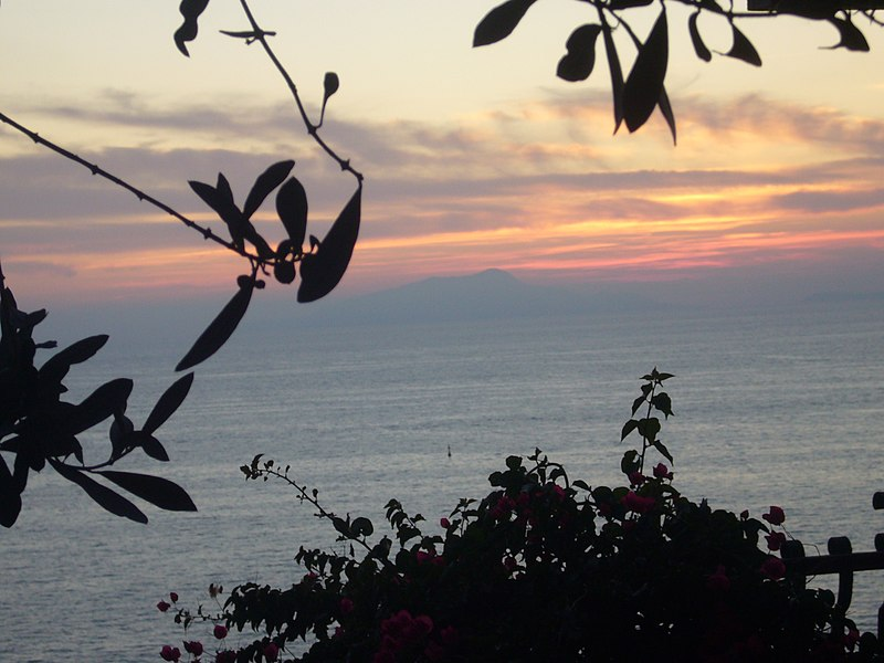 File:Coucher de soleil - panoramio (2).jpg