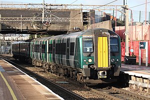 Coventry - WMT 350410 London service.JPG