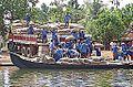 Dans les Backwaters (Kerala, Inde) (13719443395).jpg