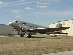 Dc-3 dakota.jpg
