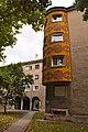 Dunaújváros, Kossuth Lajos utca 27-a zárt erkélye, Sgrafitto (Medveczky Jenő, 1955).jpg