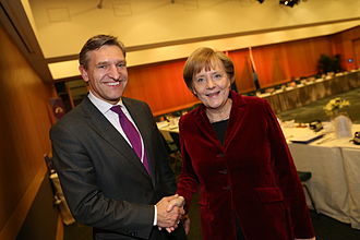 Sybrand van Haersma Buma - Sybrand van Haersma Buma and Chancellor of Germany Angela Merkel in 2014