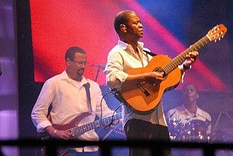 Earl Klugh - Klugh playing at the Festival de Jazz de la Riviera Maya in 2008