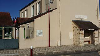 Saint-Germain-sur-École Commune in Île-de-France, France