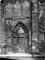 Eglise Saint-Etienne - Façade ouest, porte gauche - Auxerre - Médiathèque de l'architecture et du patrimoine - APMH00008960.jpg