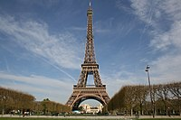 Eiffel tower-Paris.jpg