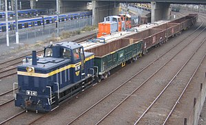 El Zorro (railway) - T413 Preservation Group's W241 and W244 and the Railmotor Group's Y168 on infrastructure trains in Melbourne in April 2006