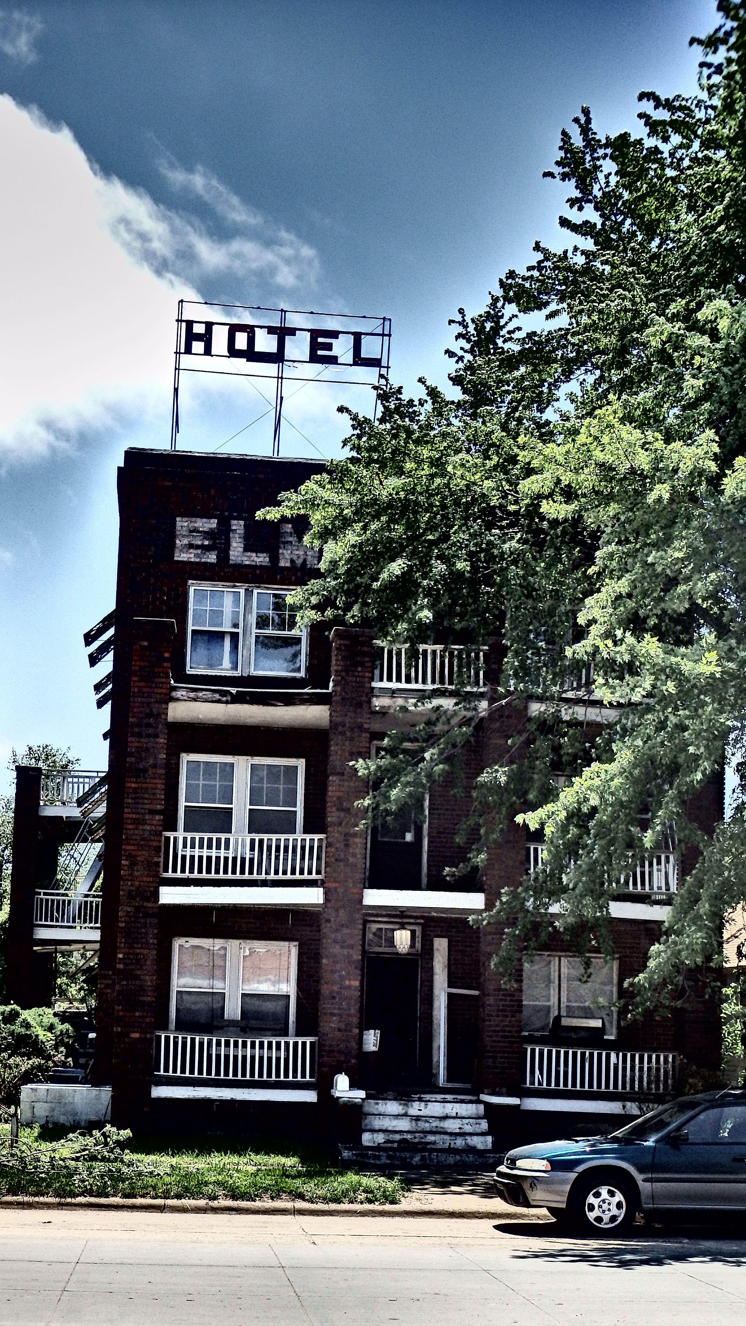 File Elms Hotel Contrast Abilene Ks 14177259320 Jpg