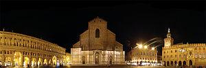 Piazza Maggiore - Piazza Maggiore; from left to right: Palazzo dei Banchi, Basilica di San Petronio, Palazzo dei Notai, Palazzo d'Accursio.