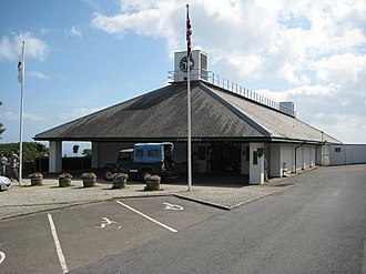 1988 in architecture - Image: Entrance to Clovelly geograph.org.uk 1363187