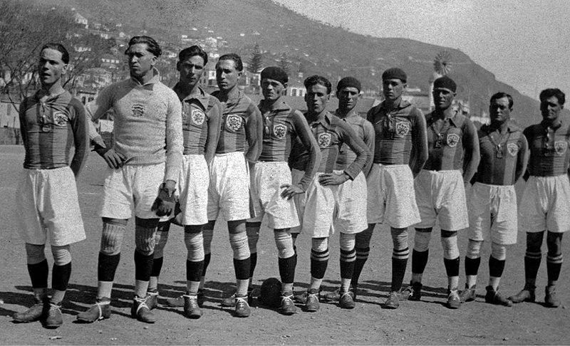 File:Equipa do Club Sport Marítimo, 1926.jpg