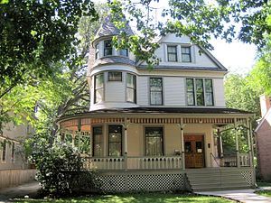 Ernest Hemingway - Ernest Hemingway Birthplace in the Frank Lloyd Wright-Prairie School of Architecture Historic District in Oak Park, now a museum