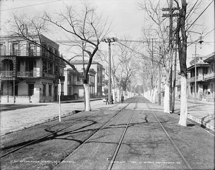 Esplanade Avenue at Burgundy Street, looking lakewards north towards Lake Ponchartrain (1900) EsplanadeBurgundy1900.jpg