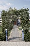 exterieur houten toegangshek, hekpijlers - staphorst - 20265346 - rce